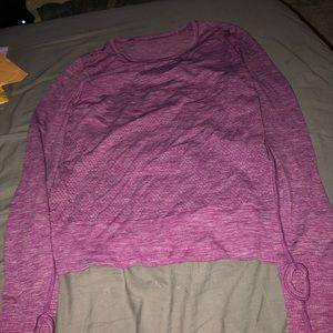Lululemon kinda cropped shirt!!